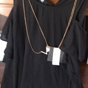 Ladies Xl shirt w necklace attached never worn